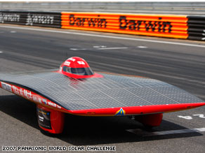 Sun-powered desert race: The World Solar Challenge