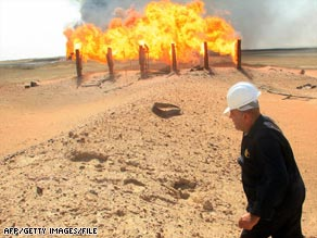 Oil accounted for 94 percent of the Iraq's revenue from 2005 to 2007, a U.S. report says.