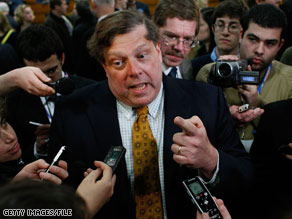 A Mark Penn memo reportedly said the U.S. wouldn't vote for a candidate who was not 'fundamentally' American.