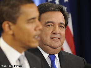 Barack Obama has picked Bill Richardson to be the secretary of commerce.