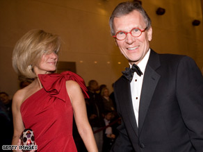 Former Sen. Tom Daschle, shown with his wife, Linda, says he will write Obama's health care plan.