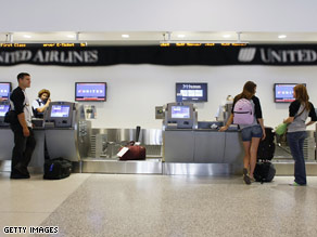 United Us Airways Join In Bag Fees Cnn Com