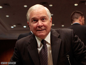 U.S. Defense Secretary Robert Gates said there should be a focus on increasing the size of the Afghan army.
