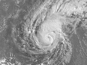 2008 Season has begun - Tropical Storm Bertha Art.bertha.0545.noaa