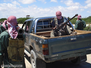 Recent image of Islamist fighters at a camp in the northern outskirts of Mogadishu