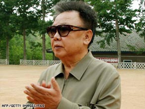 Some signs show North Korean leader Kim Jong Il does intend to drop his nuclear weapon program, experts say.