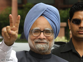 Prime Minister Manmohan Singh called for vote after communist parties withdrew support.