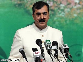 Pakistan's Prime Minister Yousaf Raza Gillani has survived an assassination attempt.