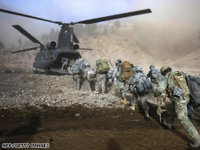 Helicopters are the main transportation of the U.S. military in Afghanistan, with its high mountain terrain.