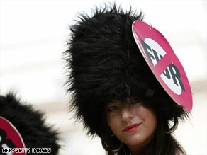 Campaigners urge fake fur for palace guards - CNN.com 3001842b6921