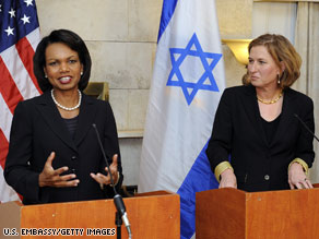 Israeli Foreign Minister Tzipi Livni, right, and U.S.  Secretary of State Condoleezza Rice speak Thursday.