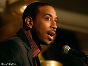 The Obama campaign is criticizing Ludacris&#039; new song.