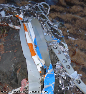PHOTO OF STEVE FOSSETT'S PLANE CRASH WRECKAGE