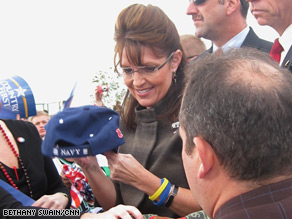 Palin signed a hat after her campaign event in Ohio Friday.