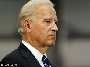 Vice-presidential candidate Biden releases medical records .
