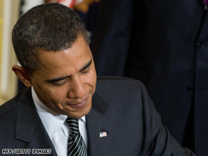 U.S. President Barack Obama signs orders Monday on vehicle emissions and fuel efficiency standards.