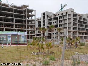 The collapse in Spain's construction industry has left thousands out of work and sites unfinished.