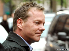 Kiefer Sutherland turns himself in to the NYPD on May 7. Charges against him have been dropped.