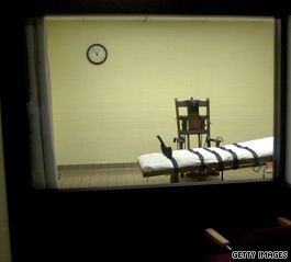 A poll of 500 police chiefs found the death penalty ranked last among their priorities for reducing violent crime.
