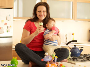 New moms often feel too busy to eat, but skipping meals can result in making poor food choices.