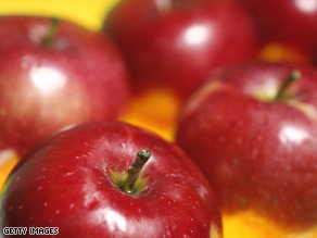 People with allergies to birch pollen may have associated allergies to raw apples.