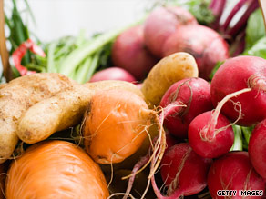 Farmers and scientists debate whether organic produce, meats, and milks are more nutritious.