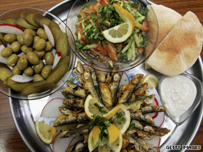 Forty-four percent on Mediterranean diet needed diabetes medication, compared to 70 percent on low-fat diet.