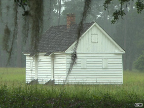 This is a former slave house on Friendfield Plantation, where Michelle Obama's family has roots.