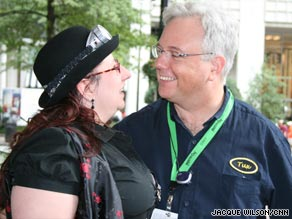 Petrona Zickgraf and  Joe Kubinski celebrated their one year anniversary at Dragon*Con this year.