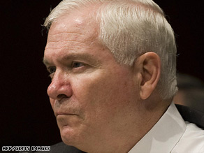 Defense Secretary Robert Gates says setting a deadline is the only way to ensure Guantanamo Bay is closed.