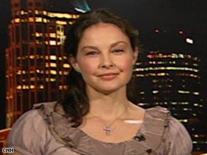 Ashley Judd is criticizing the aerial hunting of wolves, a program supported by Alaska Gov. Sarah Palin.