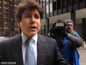 Former Illinois Gov. Rod Blagojevich walks to Tuesday's court proceeding in Chicago.