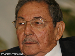 "Ra�l Castro says Cuba is willing ""to discuss everything -- human rights, freedom of the press, political prisoners.''"