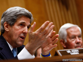 Sens. John Kerry, left, and Richard Lugar took part in a Senate Foreign Relations Committee hearing Thursday.