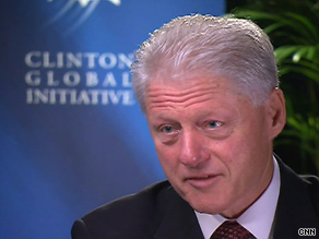 Former President Bill Clinton praised President Obama for putting Iran on notice regarding its nuclear efforts.