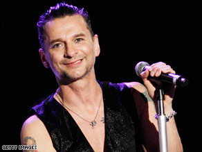 A smiling (!) Dave Gahan performs in Los Angeles in late April.