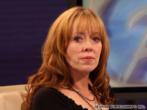 Actress Mackenzie Phillips reportedly reveals a family secret to Oprah Winfrey.