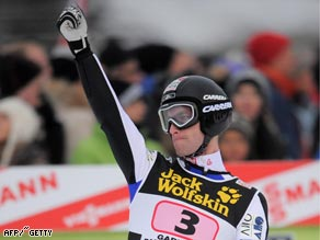 Loitzl jumped superbly to deny Ammann in his bid for a clean sweep in the Four Hills.