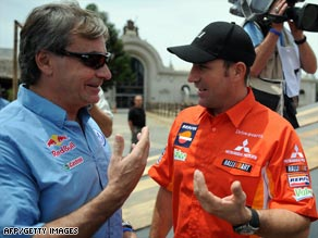 Nine-time winner Peterhansel (right) believes Sainz (left) is the man to beat in the Dakar Rally.