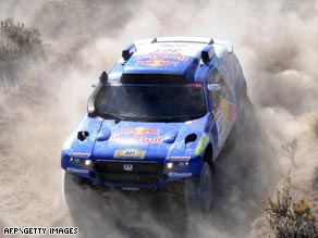 Twice world champion Carlos Sainz of Spain has claimed his fifth stage victory of the Dakar Rally.