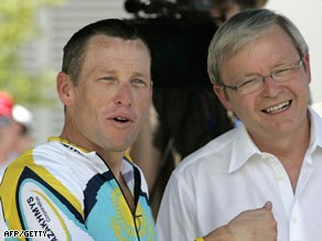 Armstrong shares a moment with Australian prime minister Kevin Rudd at the end of the first stage.