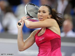 Jankovic dropped the second set before securing her first-ever hardcourt victory over Li Na.