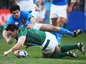 David Wallace touches down for Ireland in their comfortable Six Nations win over Italy on Sunday.