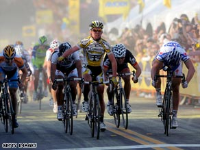 Mark Cavendish gets the better of Tom Boonen (far right) in the sprint at the end of the fourth stage in California.