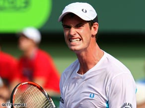 Murray celebrates recovering from the loss of the opening set to go through in Miami.