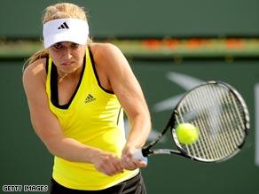 Lisicki overpowered a tired Wozniacki in the Charleston final.
