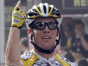Cavendish again proves he is the number one sprinter with victory in the 13th stage of the Giro d'Italia.