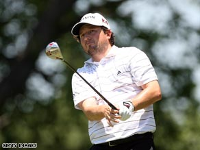 Tim Clark fired seven birdies on a superb opening round at the Colonial.