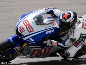 Lorenzo powered to a superb lap at Mugello on his Yamaha.