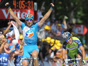 Pierrick Fedrigo celebrates after edging out Franco Pellizotti at the finish line on Sunday.